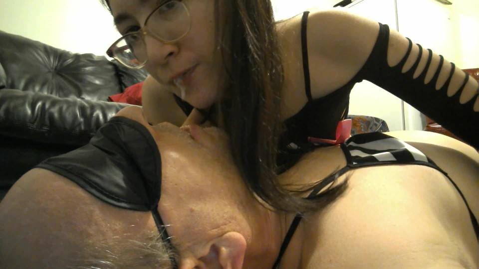 [Full HD] Liz Lovejoy Spit In Subs Mouth Spitting Spitting Liz Lovejoy - ManyVids-00:04:55 | Female Domination, Lip Fetish, Mouth Fetish, Spit Fetish, Spitting - 376,4 MB