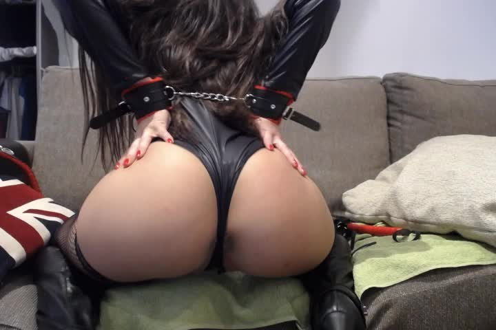 [SD] Lolaitasexy Sadomaso Game Lolaitasexy - ManyVids-00:47:54 | Anal Masturbation, Gagging, Spanking, Spit Fetish, Squirting - 1,2 GB