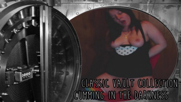 [Full HD] Lulubennie Cvc Cuming In The Darkness LuluBunnie - ManyVids-00:05:39 | Boob Bouncing, Dildo Fucking, Riding - 203,7 MB