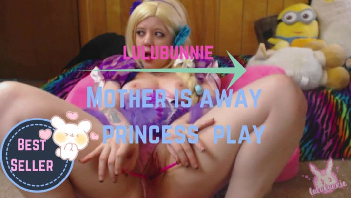 [HD] Lulubennie Mother Is Away Princess Will Play LuluBunnie - ManyVids-00:23:55 | Anal, Panty Stuffing, Princess, Role Play, Squirt - 1,3 GB