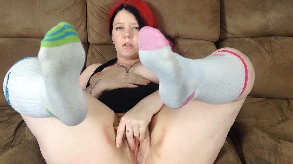 [HD] Lulubennie Smell My Feet Custom LuluBunnie - ManyVids-00:09:44   Dildo Fucking, Dirty Feet, Dirty Talking, Feet, Foot Fetish - 149,7 MB