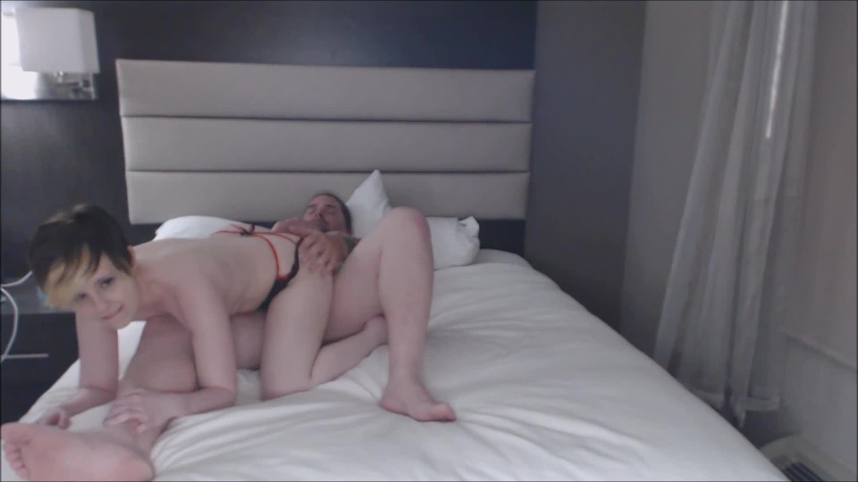 [Full HD] Lydia Sweets Hotel Tryst With Daddy Frank Lydia Sweets - ManyVids-00:12:15 | Boy Girl,Lace/Lingerie,Orgasms,Petite,Sex Position - 703,2 MB