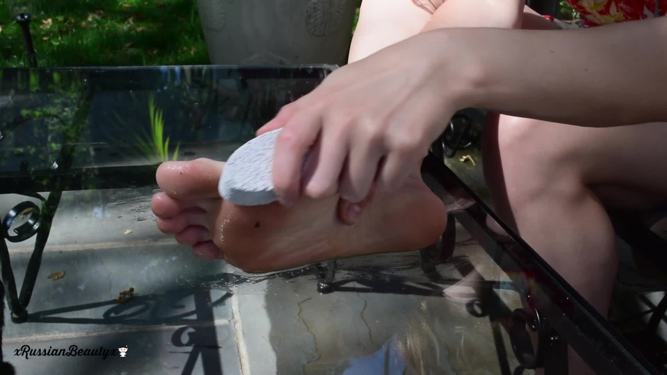 [Full HD] Madison Marz Pampering My Tired Dirty Feet Vip-Pussy.Com Madison Marz - ManyVids-00:10:01 | Foot Fetish, Barefoot, Dirty Feet, Huge Labia, Foot Play - 762,8 MB