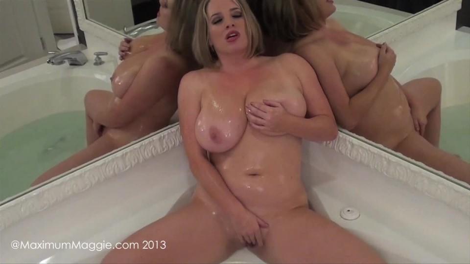 [HD] Maggie Green Bathtub Pussy Rub Maggie Green - ManyVids-00:06:18 | All Natural, Bathtub Fetish, Big Tits, Dirty Talking, Masturbation - 237,7 MB