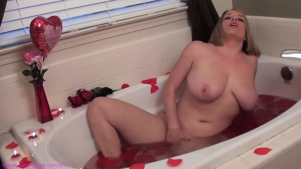 [HD] Maggie Green Valentines Day Bath Masturbation Maggie Green - ManyVids-00:08:53 | Bathtub Fetish, Masturbation, Valentine'S Day, Big Boobs, Pornstars - 229,3 MB