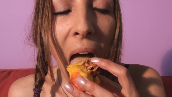[Full HD] Marie Madison How To Eat A Peach Marie Madison - ManyVids-00:05:22   Food, Food Porn, Finger Fetish, Eating, Mouth Fetish - 268 MB