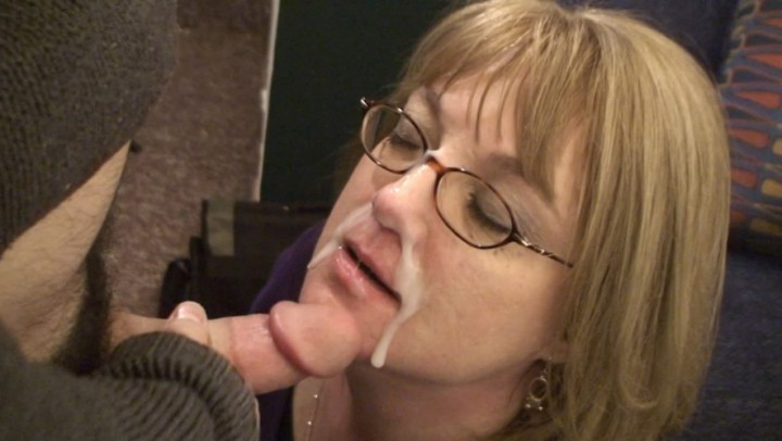 [Full HD] Marie Madison Mollys First Facial Marie Madison - ManyVids-00:11:08 | Mature, Older Woman / Younger Man ., Facials, Cumshots, Humiliation - 814,8 MB