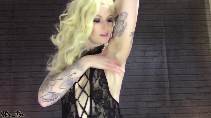 [Full HD] Mia Fox Hairy Armpits Mia_Fox - ManyVids-00:07:36 | Hairy Armpits, Hairy, Armpits, Goddess Worship, All Natural - 252,8 MB