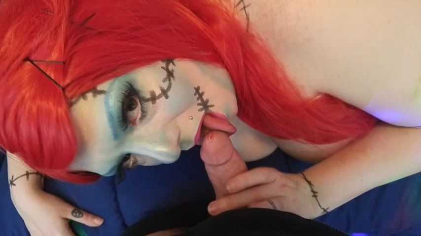 [Full HD] Miss Lolo Sally Skellington Swallows Miss_LoLo - ManyVids-00:09:04   Boy Girl, Cosplay, Doggystyle, Swallowing / Drooling, Twerk - 783,4 MB