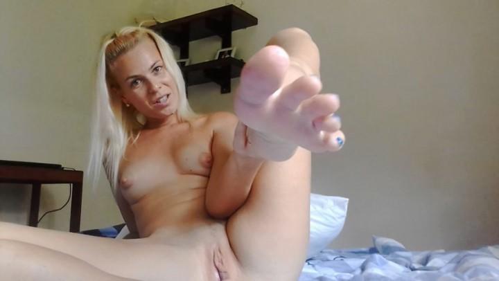 [HD] Missanja Feetsoles Rubbing And Creamy Cum Vip-Pussy.Com MissAnja - ManyVids-00:10:03   Cum Play, Feet, Fetish, Masturbation, Soles - 450,6 MB