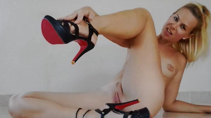[HD] Missanja Heels Feet And Pussy Play Vip-Pussy.Com MissAnja - ManyVids-00:10:55 | Barefoot, Feet, Foot Play, High Heels, Orgasms - 479,9 MB