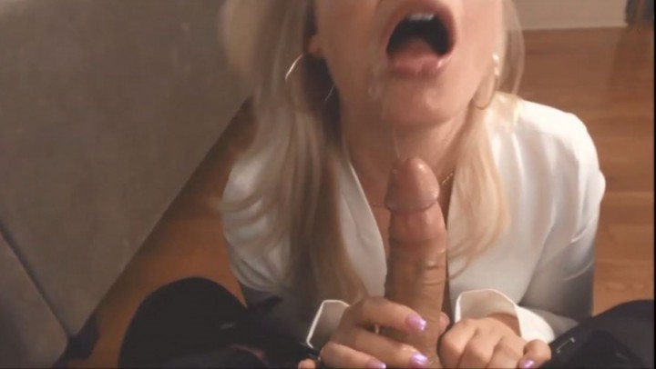 [SD] Missbehavin26 Favor For A Favor Bosses Assistant Vip-Pussy.Com Missbehavin26 - ManyVids-00:14:14   Blowjob, Boss/Employee, Cumshots, Role Play, Wet &Amp;Amp; Messy - 112,5 MB