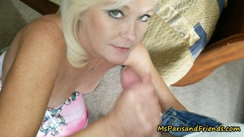 [Full HD] Msparisrose Mommy Gets A New Car MsParisRose - ManyVids-00:09:57 | Taboo, Blowjob, Bondage, Doggystyle, Hair Pulling - 874 MB