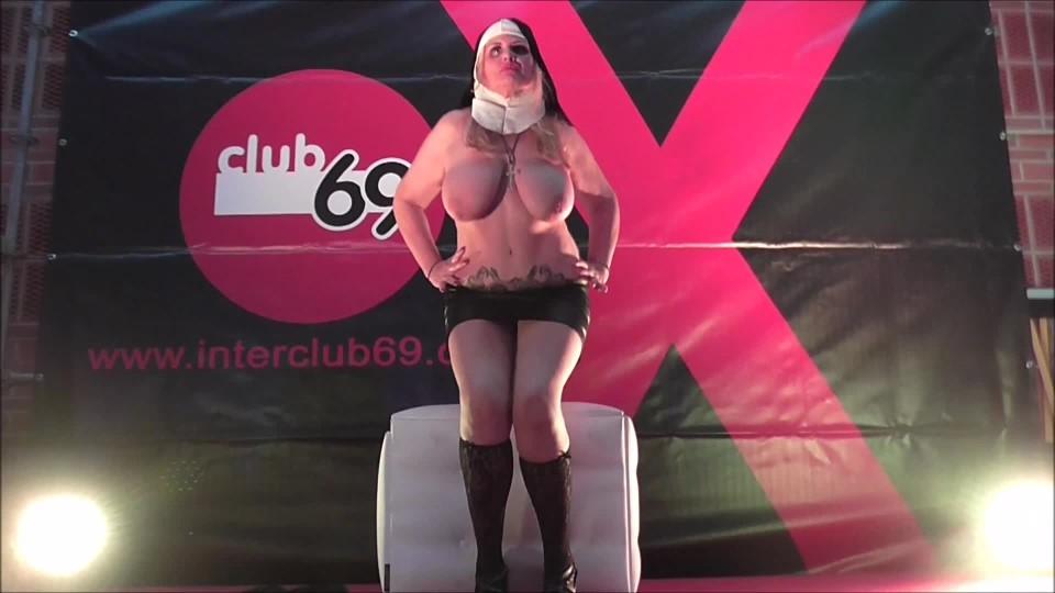 [Full HD] Musa Libertina Porn Show Of The Horny Nun Musa Libertina - ManyVids-00:05:11   Big Tits, MILFs, Public Nudity, Religious, Solo Masturbation - 190,5 MB