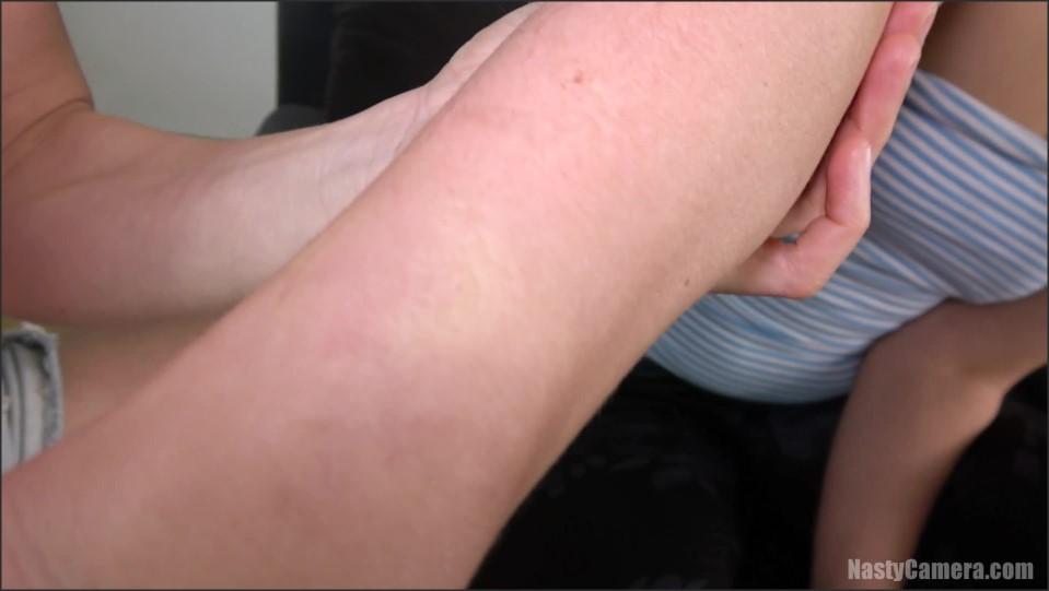 [Full HD] Nasty Camera Kia And Titi Body Biting Fullhd Nasty Camera - Manyvids-00:13:20   Size - 583,6 MB