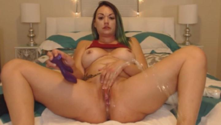[Full HD] Natalia Mackenzie Late Night Squirt Sesh Natalia Mackenzie - ManyVids-00:13:11 | Big Ass, Big Boobs, Big Clits, Squirting, Tattoos - 740,8 MB