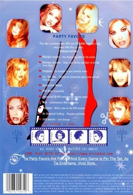 [LQ] Party Favors ActressesCorinne Williams [LezOnly][LezOnly](As Wildcat) [Facial]ActorsChristian SteeleIan DanielsVince Vouyer - Vivid-00:04:09 | Feature - 708,1 MB