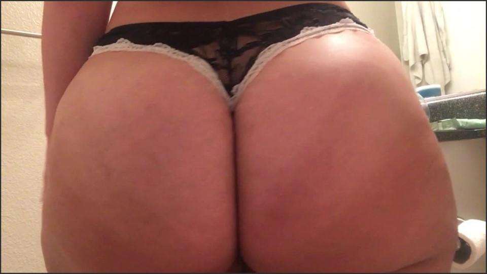 [HD] Princesspawg Lotioning My Giant Ass Princesspawg - ManyVids-00:05:51   Ass, BBW, BBW Ass Worship, Lotion/Oil Fetish, PAWG - 332,1 MB
