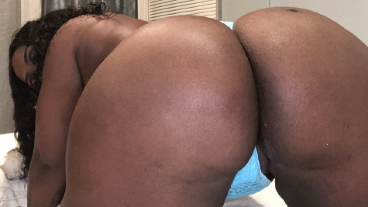 [SD] Realtrapbarbie Dancing To Drake 9 Mins RealTrapBarbie - ManyVids-00:09:34   Titty Squeezing,Breast Bouncing,Erotic Dancers,BBW Goddess,BBW Ass Worship - 535,5 MB