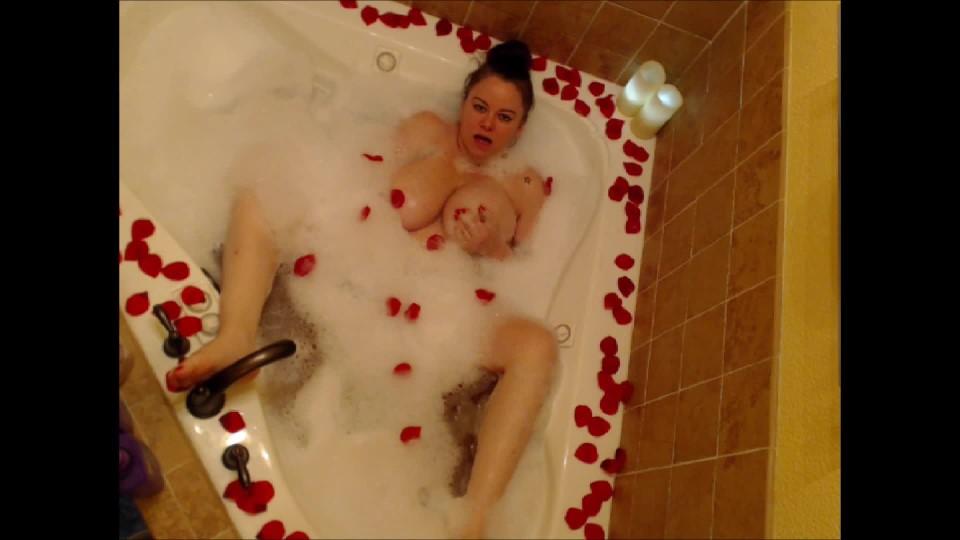[Full HD] Samanthasays Valentines Day Bath Cum SamanthaSays - ManyVids-00:09:11 | Bathtub Fetish, Big Boobs, Big Tits, Bubbles, Masturbation - 807,8 MB