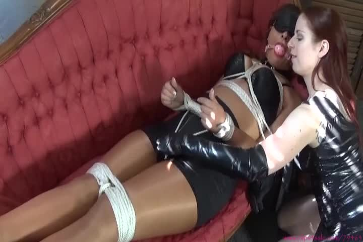 [SD] Sarah Michelle Are You Impressed Sarah Michelle - ManyVids-00:11:01   Lesbian Domination,Bound Orgasms,Bondage,Ballgagged,POV - 249,7 MB