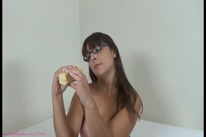 [SD] Sarah Michelle The Friendly Hungry Giantess Sarah Michelle - ManyVids-00:13:07 | Giantess,POV,Strong Women,Vore,Shrinking Fetish - 296,7 MB