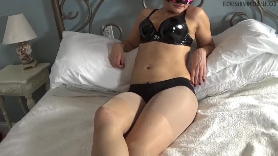 [Full HD] Sarah Michelle The Masked Escort Sarah Michelle - ManyVids-00:09:20 | Executrix,Femdom POV,Non-Nude,Fantasies,Strong Women - 548,8 MB