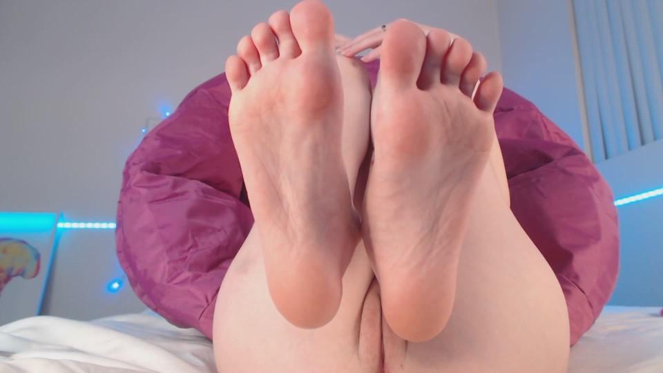 [Full HD] Sirenia Worship My Soles Sirenia - ManyVids-00:05:01   Feet, Foot Fetish, Foot Worship, Pointed Toes, Soles - 147,8 MB