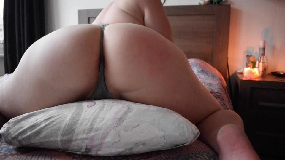 [Full HD] Sofiadark Pillow Humping SofiaDark - ManyVids-00:05:34   Ass Shaking, Big Ass, Fingering, Pillow Humping, Redhead - 429,5 MB