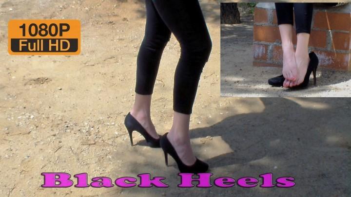 [Full HD] Spaingirl Black Heels Spaingirl - ManyVids-00:06:33 | Barefoot, Feet, High Heels, Shoe Fetish, Shoeplay - 1023,6 MB