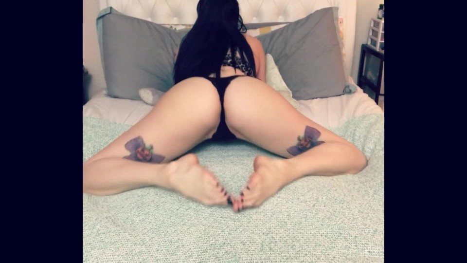 [HD] Thejennakitten Twerking And Ripping Ass In Your Face TheJennaKitten - ManyVids-00:06:37 | Farting, Humiliation, Slave Training, Toilet Slavery, Twerk - 244,3 MB