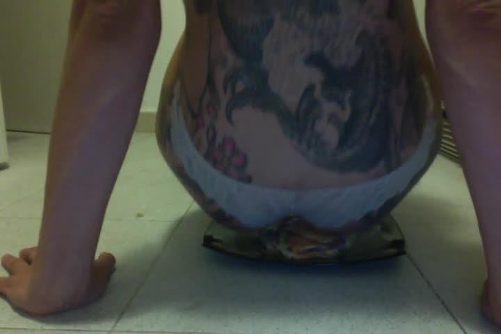 [SD] Viciusgirl Burguer Fetish Viciusgirl - ManyVids-00:02:42 | Amateur, Tattoos, Domination, Food &Amp;Amp; Object Crush, Foot Domination - 15 MB