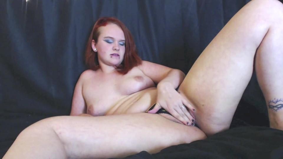 [HD] Victoria Winters Panty Stuffing Fun Victoria Winters - ManyVids-00:11:18   Panty Stuffing, Redhead, Tattoos, Panty Fetish, Piercings - 838,1 MB