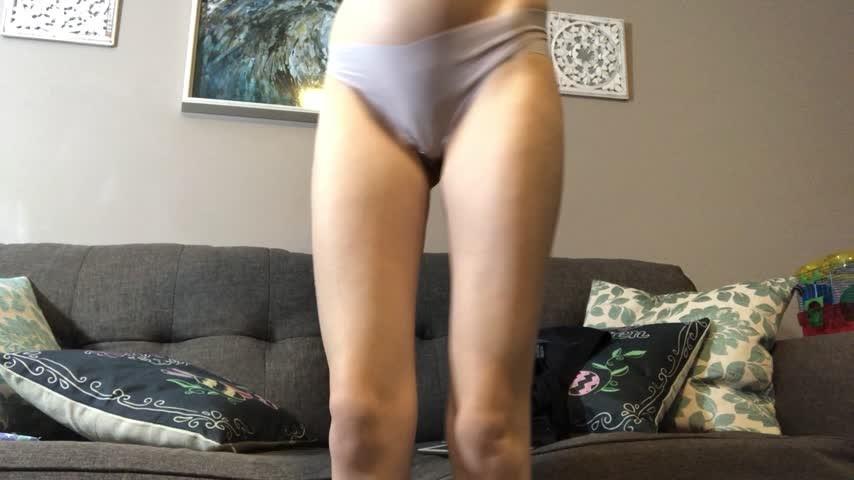 [Full HD] Xoarielxo Dick Rating Nude XoArielxo - ManyVids-00:06:18   Cut Dicks, Nudity/Naked, Blonde, Skinny Women, Fair Skin - 776,6 MB
