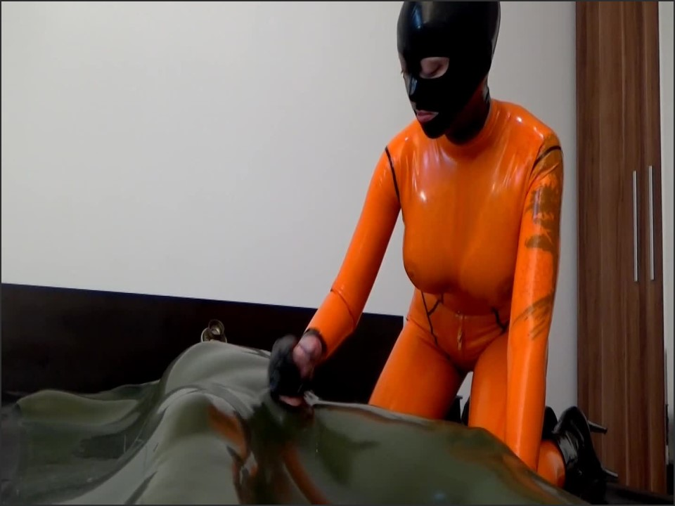 [Full HD] Xozt The Vacuum Experience Of Master Xozt Xozt - Clips4Sale-00:14:28 | Size - 866,7 MB