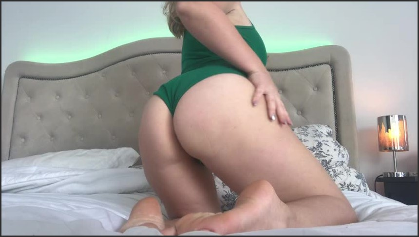 [SD] Yourstruly Big Ass And Sexy Feet YoursTruly - Manyvids-00:03:34 | Size - 110,4 MB