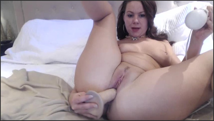 [SD] Yourstruly Mmmultiple Orgasms YoursTruly - ManyVids-00:10:37 | Cumshots, Dirty Talking, Hitachi, Masturbation, Toys - 180,8 MB