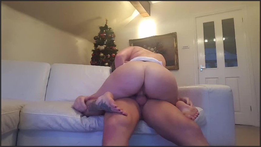 [SD] Yuffie Yulan Oil Me Up And Let Me Ride You Yuffie Yulan - Manyvids-00:03:23   Size - 136,9 MB