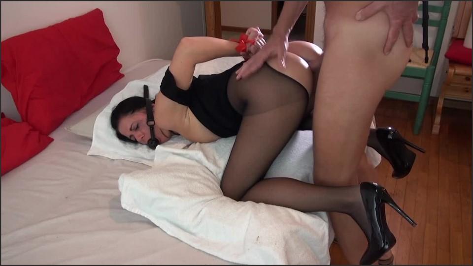 [HD] Alexandra Wett The Total Ass Scrapping Alexandra Wett - ManyVids-00:07:10 | Anal,Hardcore,BDSM,Fucking,Ballgagged - 203,7 MB