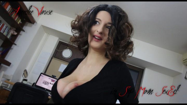 [Full HD] Amedee Vause Step Mom Sexed Amedee Vause - ManyVids-00:11:10   Mommy Roleplay, Masturbation Instruction, Jerk Off Instruction, Taboo, Big Tits - 505 MB