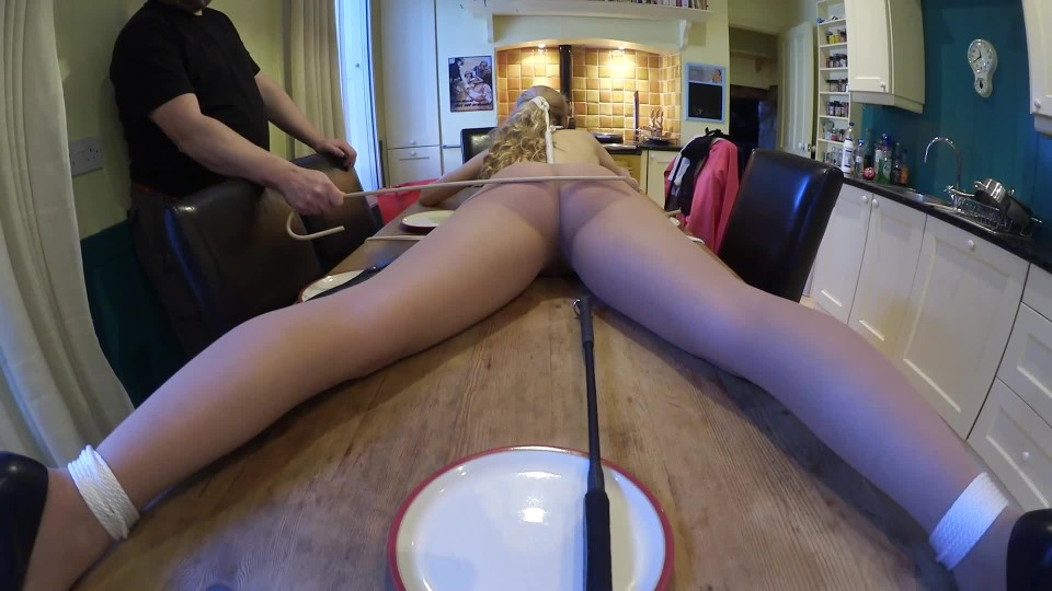 [Full HD] ariel anderssen bondage table top decoration Ariel Anderssen - ManyVids-00:32:47   Bondage, Gags, Corporal Punishment, Pantyhose, Caning - 990,9 MB