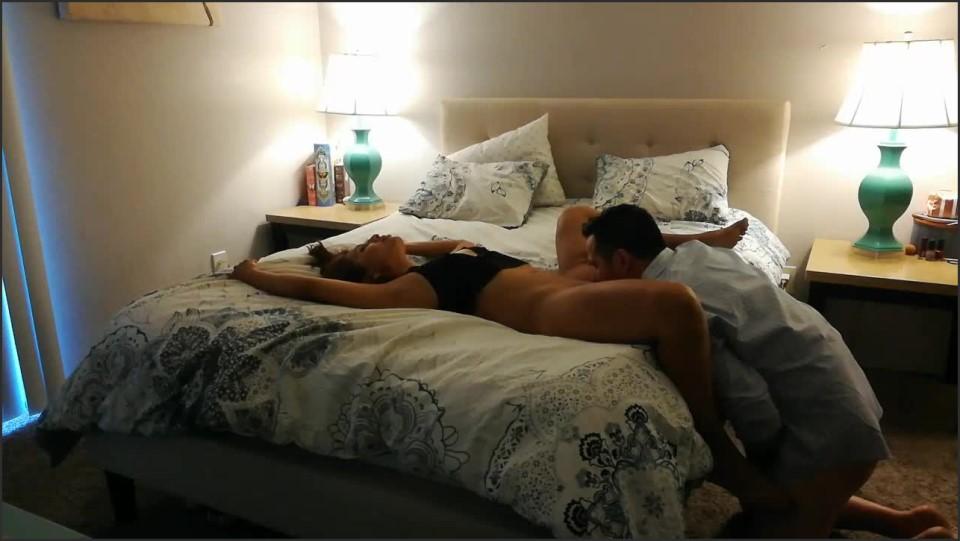 [HD] Azhotwifexxx Fan Tasy Mondays Episode 1 AzHotwifeXXX - ManyVids-00:23:04 | Amateur, Bareback, Hot Wives, Latina, Strangers - 1,3 GB