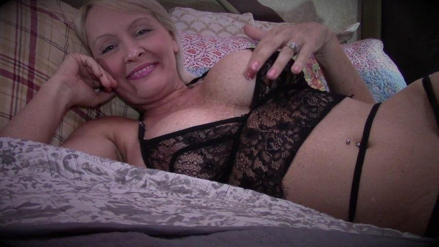 [HD] buddahsplayground cum on my tummy BuddahsPlayground - ManyVids-00:18:02   Jerk Off Instruction,Belly Fetish,Belly Button Fetish,Orgasm Control,Cum Countdown - 492,4 MB