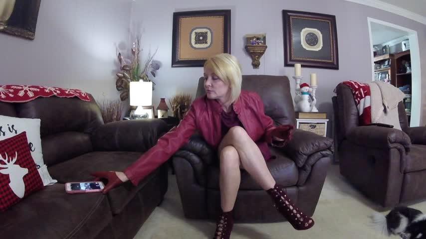 [HD] buddahsplayground leather slut BuddahsPlayground - ManyVids-00:10:09   Glove Fetish,High Heels,Leather,Leather Fetish,Sweater Fetish - 1,2 GB