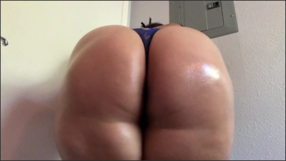 [HD] Carmita Bonita Legs Together Oily Ass Shaking Clapping Carmita Bonita - ManyVids-00:11:16 | Booty Clapping, Ass Shaking, Booty Shaking, Twerk, Big Ass - 415,4 MB