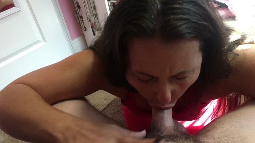 [4K Ultra HD] curvymodelmilf sunday deepthroat reverse cream pie curvymodelmilf - ManyVids-00:06:22 | Cream Pie, Creampie, Deepthroat, Face Fucking, Older Woman / Younger Man . - 2 GB