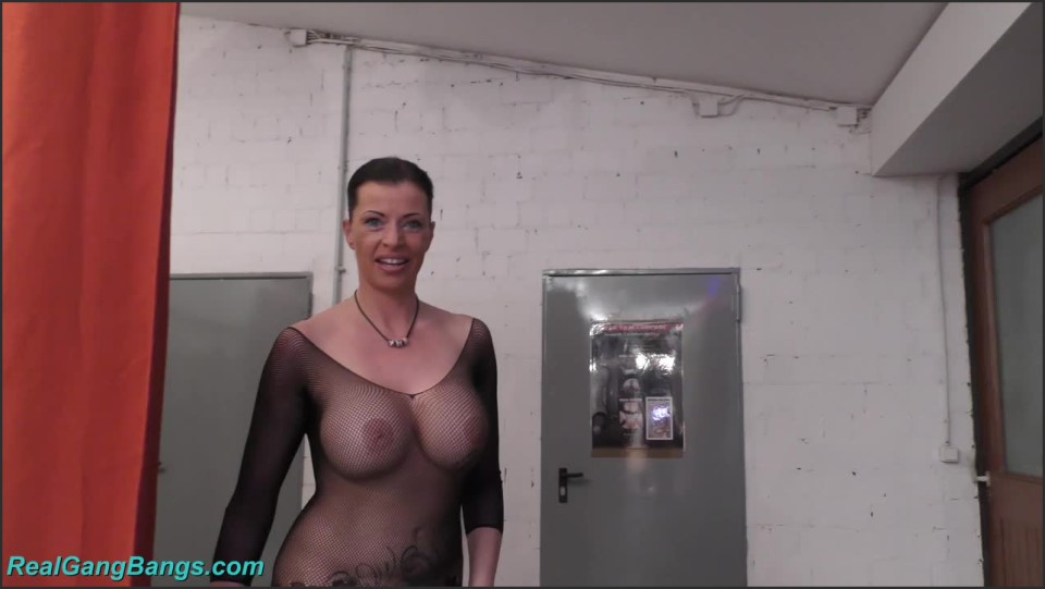 [HD] Dacada Fetish Gangbang Dacada - SiteRip-00:00:00 | Germany, Big Tits, Blowjob, Blowjob, Gangbang, MILF, Group, Bukkake - 1,4 GB