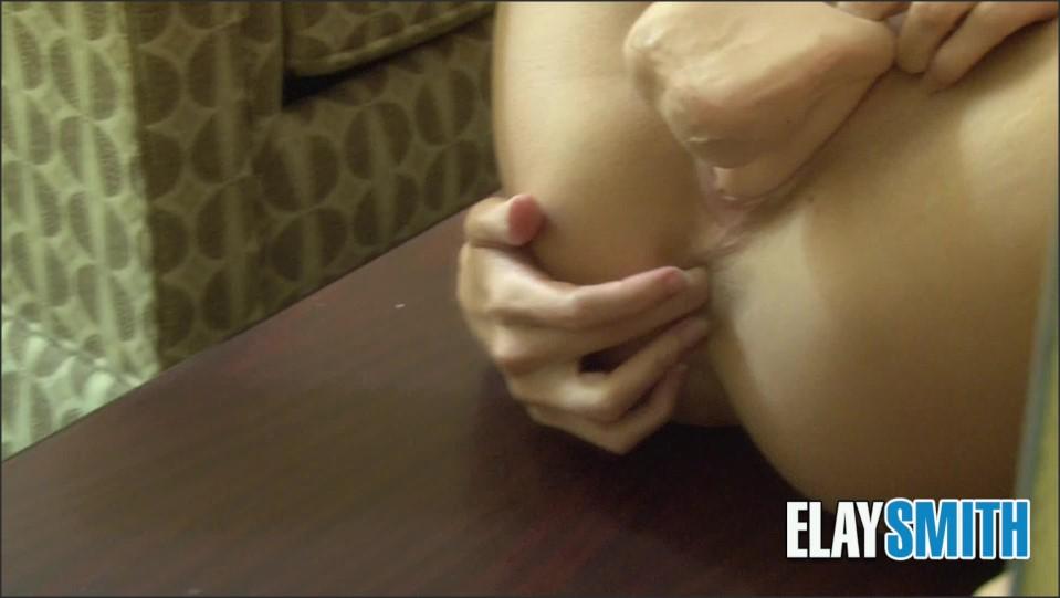 [Full HD] Elay Smith Hotel Mirror Squirt Elay Smith - ManyVids-00:10:34   BBC, Black Cock, Interracial, Stocking, Role Play - 2 GB