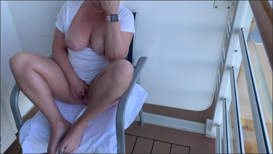 [Full HD] Ellie Brooks Cruise Ship Balcony Daytime Pussy Play Ellie Brooks - ManyVids-00:07:40   Public Flashing, MILF, Solo Female, Pussy Play, Exhibitionism - 842,2 MB