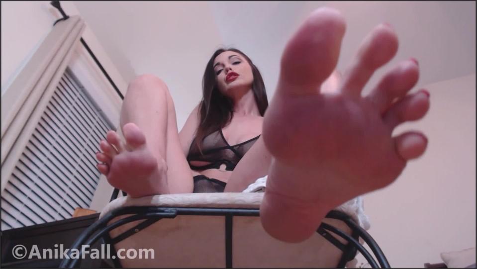 [Full HD] Goddess Anika Fall Orgasmic Foot Worship Goddess Anika Fall - ManyVids-00:18:07   POV Foot Worship, Foot Worship, Foot Fetish, Female Domination, Tease &Amp;Amp; Denial - 1 GB